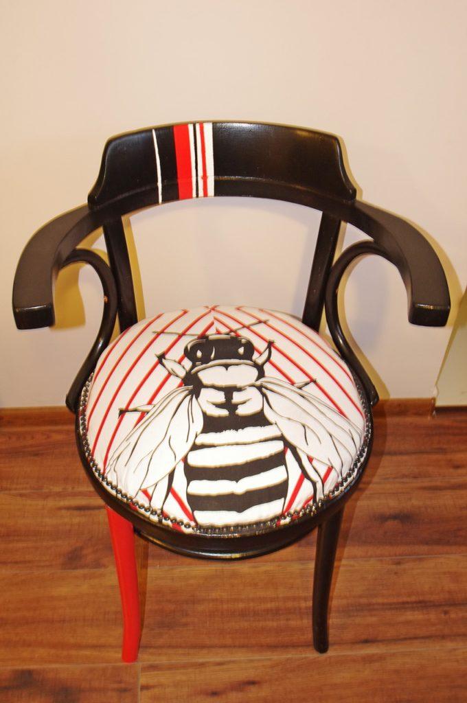 """thonet krzeslo tapicerowane 680x1024 - """"MUCHA"""" NIE SIADA"""