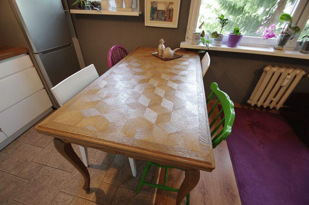 inkrustacja stol jadalnia 1024x680 - CZTERY ŁAPY