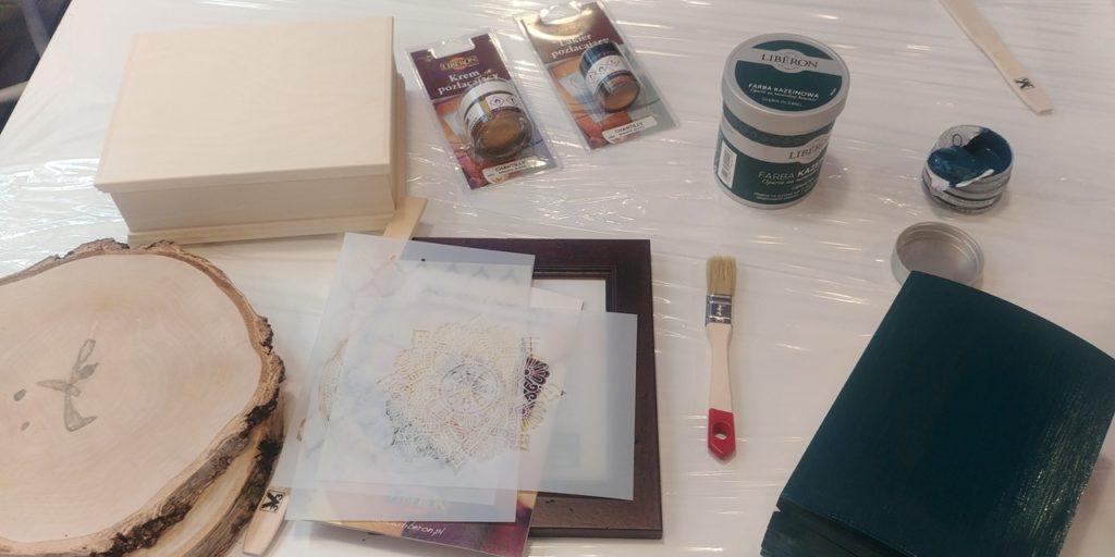 malowanie farby kazeinowe 1024x512 - MAM UPRAGNIONE ZŁOTO
