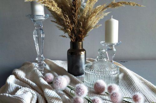 dekorowanie-stolu-w salonie